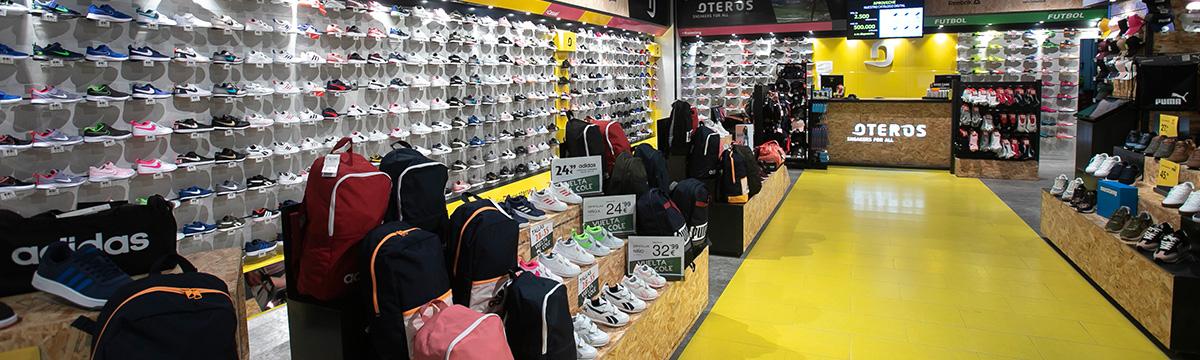 cc_arcangel-oteros-sneakers